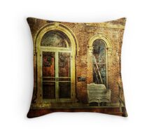 A place to sit and dream Throw Pillow