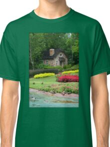 English Style Cottage With Pond In Orlando Florida Classic T-Shirt