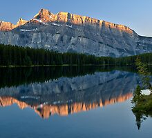 Mt Rundle by Peter Luxem