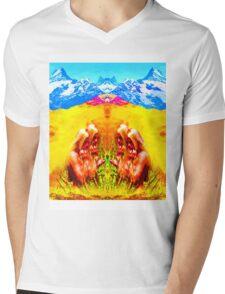 Desert Babes Mens V-Neck T-Shirt