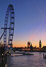 Sunset on river Thames by Jasna