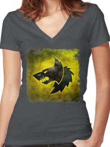 Wolf Icon Women's Fitted V-Neck T-Shirt