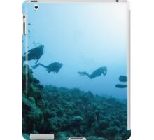 Scuba divers in the water  iPad Case/Skin