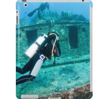 Divers at a shipwreck at Ras Mohammed National Park iPad Case/Skin