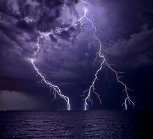 Lightning over Fremantle by Paul Pichugin