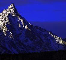 Trapper Peak by mtdistantcamera