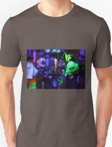alien abduction glowing photo Unisex T-Shirt