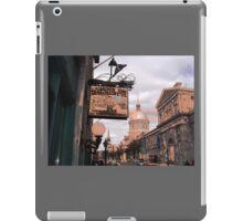 rue Sainte-Paul - Montreal iPad Case/Skin