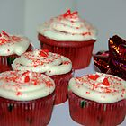 Red velvet cupcakes by MarthaBurns