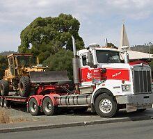 Kenworth - Hazell Bros Tasmania by PaulWJewell