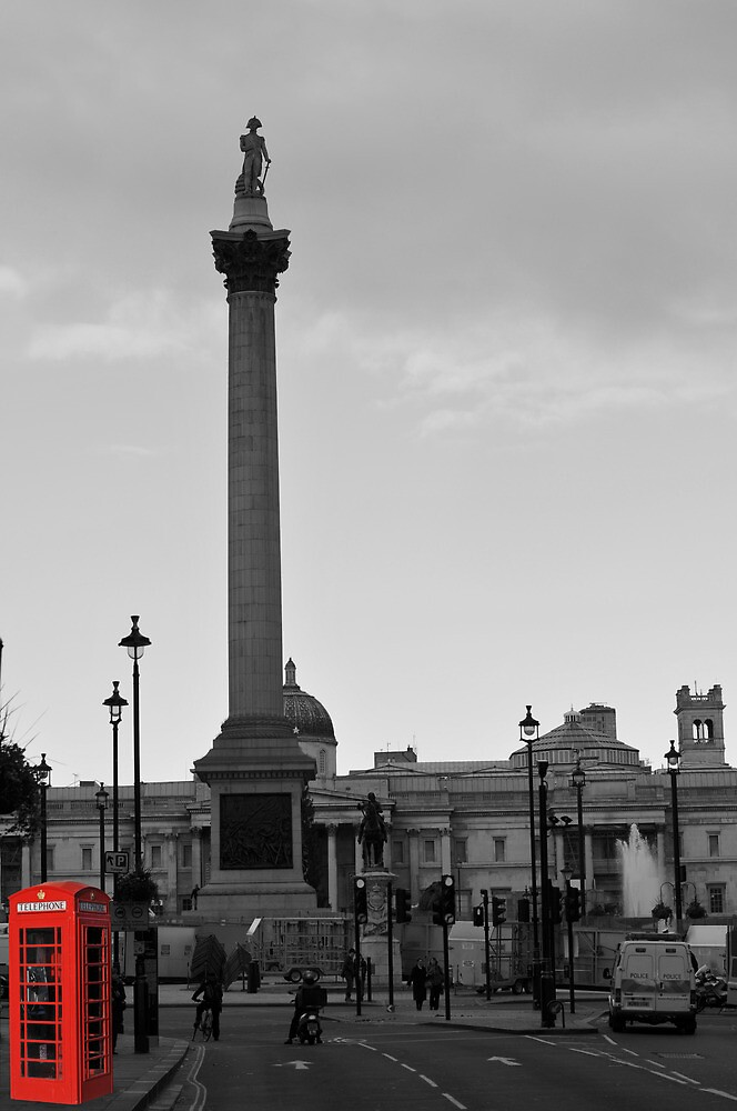 Trafalgar Square + Red Phone Box by Sammy77