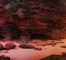 Jurassic Island - Caves Beach by Tam  Locke