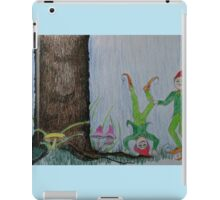Curly and Smiley At Play iPad Case/Skin