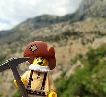 Gold Brick Miner Lego minifigure  by Imamantis