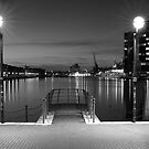 London Dock by Mattia  Bicchi Photography
