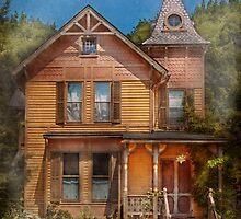 House - Victorian - The wayward inn by Mike  Savad