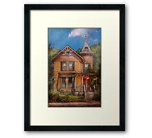 House - Victorian - The wayward inn Framed Print
