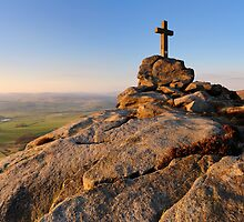 Rylstone Cross Panorama by Simon Bowen