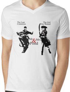 Mr. & Mrs. Pond - Doctor Who Mens V-Neck T-Shirt