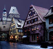 December night in Rothenburg by Arie Koene