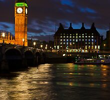 London Night by Sebastian Wasek