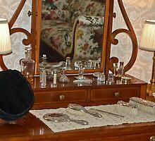 Dresser and Mirror by BialySnieg96