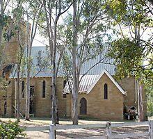 Mundoolun Church - seen from its cemetary by STHogan