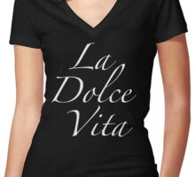 La Dolce Vita Women's Fitted V-Neck T-Shirt