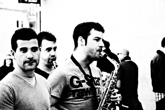 Love life love music ... by Berns