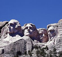 Mount Rushmore by Edmond  Hogge