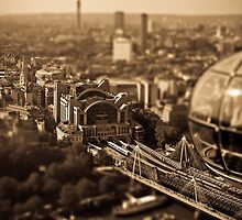 Tilt and shift from the London eye by alexhinton