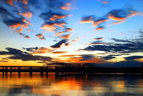 Sunset Over Lake Wallula #2 by Jennifer Hulbert-Hortman