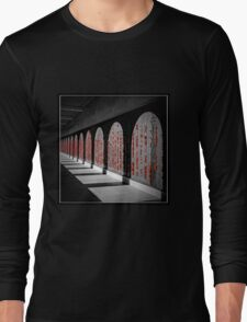 Australian War Memorial, Wall of Remembrance Long Sleeve T-Shirt