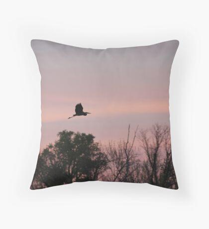 Great Blue Heron on Pink Sky Throw Pillow