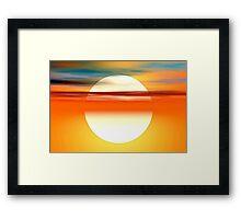 Nada como el sol Framed Print