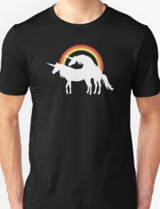 Unicorns Love T-Shirt
