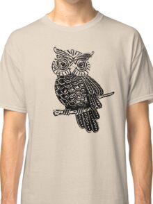 Cute Owl On Tree Classic T-Shirt