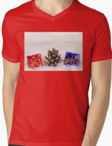 Christmas Presents and Fir Cone in Snow Mens V-Neck T-Shirt