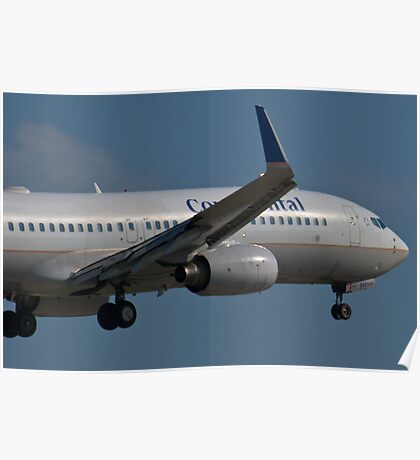 N37252 Nose Shot Continental Airlines Boeing 737-824 Poster