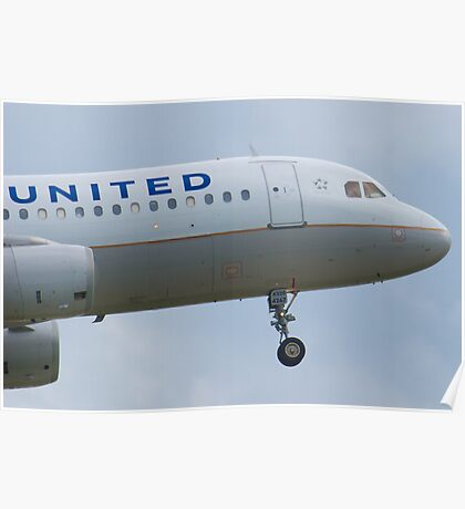 Nose Shot N467UA United A320-232 Approach Poster