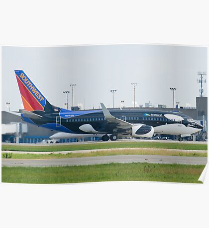 N715SW Southwest Airlines Boeing 737-7H4 Shamu Poster