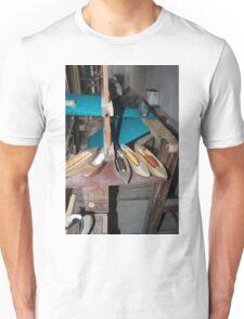 Wood Scarf Loom Unisex T-Shirt