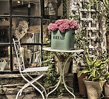 Bread bin or flower pot? by moor2sea