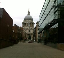 St Paul's Catheral London by Pontvert