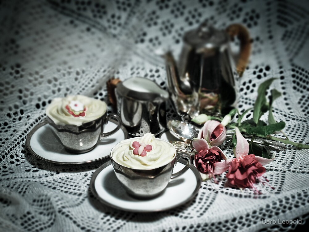 Cup Cakes by Barb Leopold