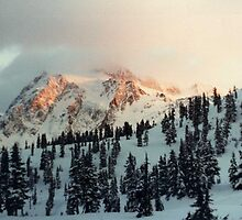 Sunset on Mt. Shuksan. by lenslife