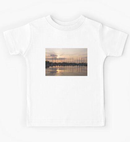 Heavenly Sunrays - Peaches-and-Cream Sunrise with Yachts Kids Tee