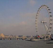 London Eye + The Thames.. by Lauren Tucker