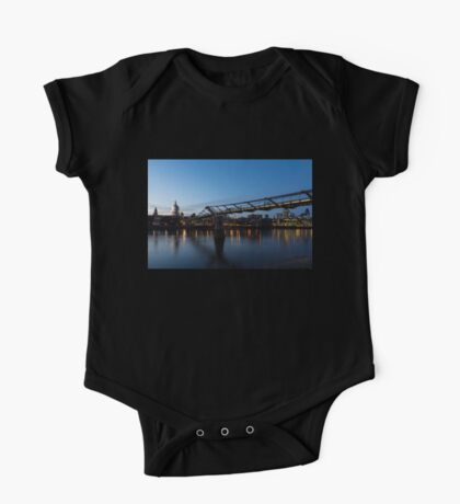 Reflecting on Bridges and Skylines - City of London, England, UK One Piece - Short Sleeve