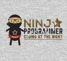 Programmer T-shirt : Ninja programmer. coding at the night One Piece - Short Sleeve
